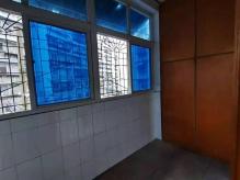 QTJ六中北校区附小一墙之隔新建里二楼精