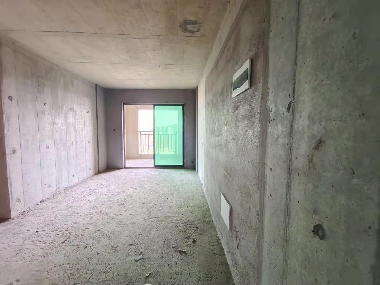 出售-九中   中地翡翠湾 3室2厅1卫 71㎡ 46万 毛坯
