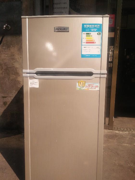 【宏盛达二手电器机电】出售新力98升小冰箱