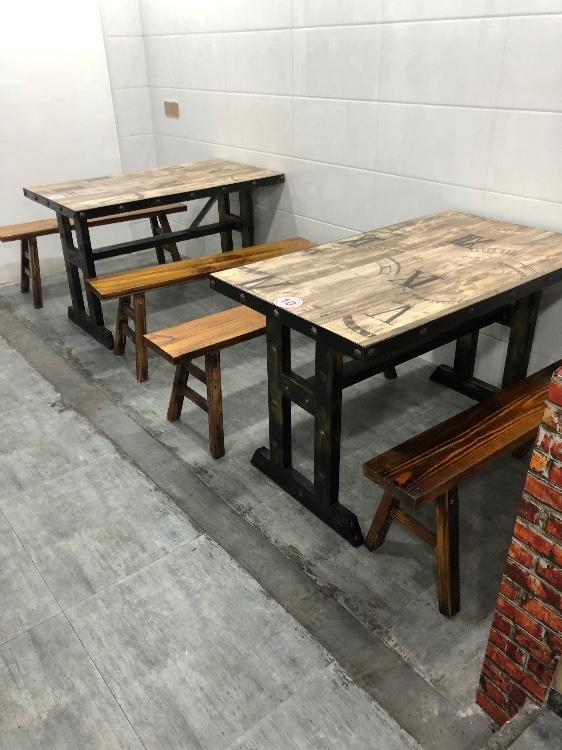 【福达二手家具中心】大量出售一餐厅桌椅,不锈钢操作台,四开门冰箱,消毒柜、保温台等