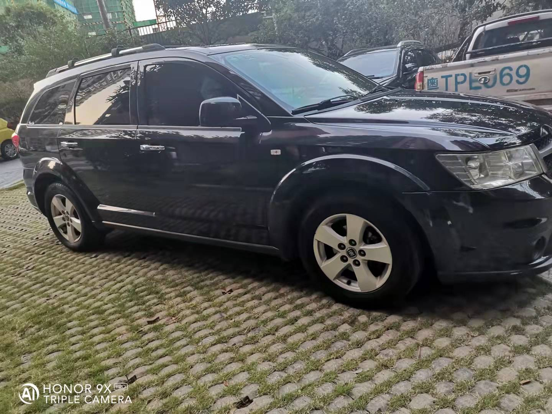 出售私家车菲亚特大七座(菲跃)