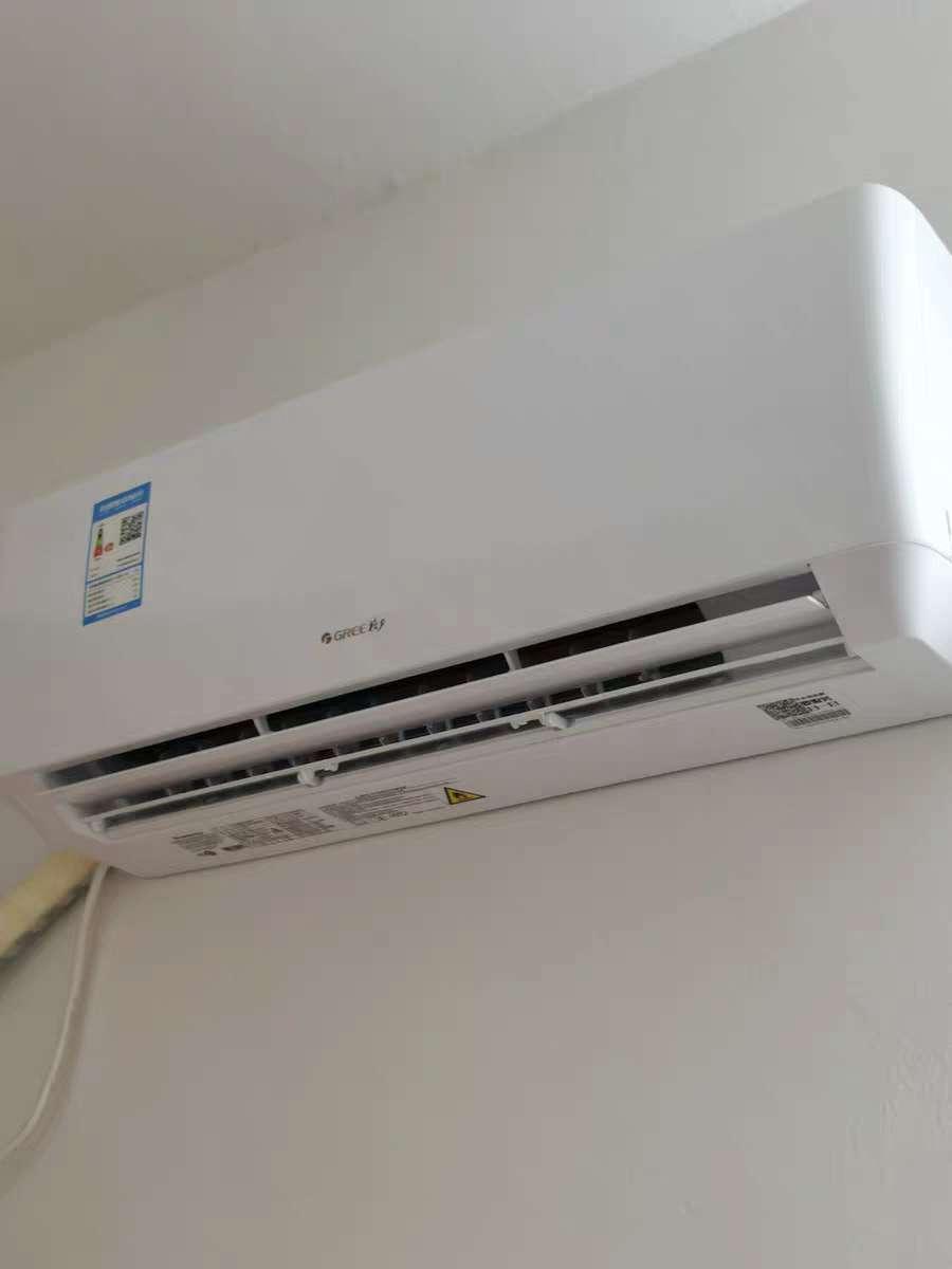 出售-暂新一台家用刚买的格力变频1.5P空调才几个月