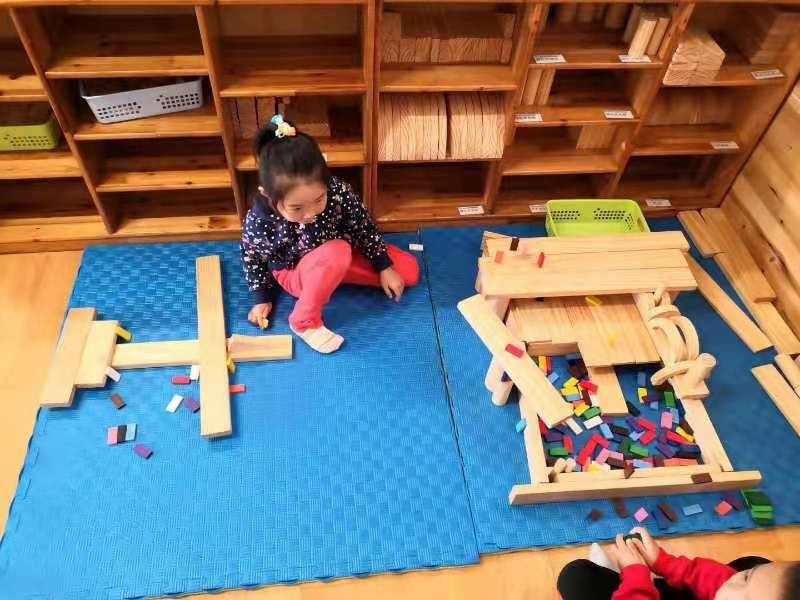 【汪先生】一中北校区对面(同心路)有一大型幼儿园对外承包
