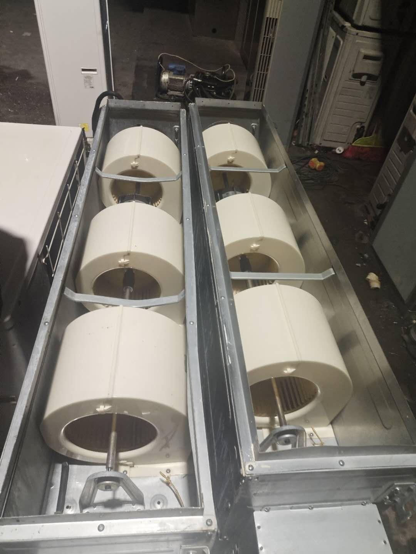 出售两台暂新的格力大1.5P空调9.99成新包安装