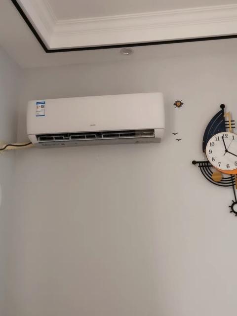 【陈小姐】出售大1.5P家用挂机空调9.99成新